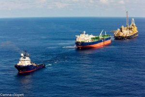 aerial FPSO Oil-rig offloading