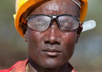 Hot Kenyan worker