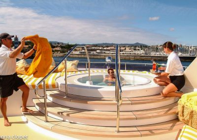 luxury cruise jacuzzi style pool yacht