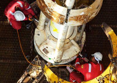 oilrig workers rig floor