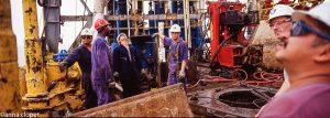 oil rig workers oil rig men workers rig-floor