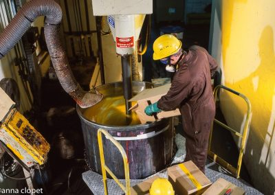 makingpaint, paint-factor, man working, yellow-paint